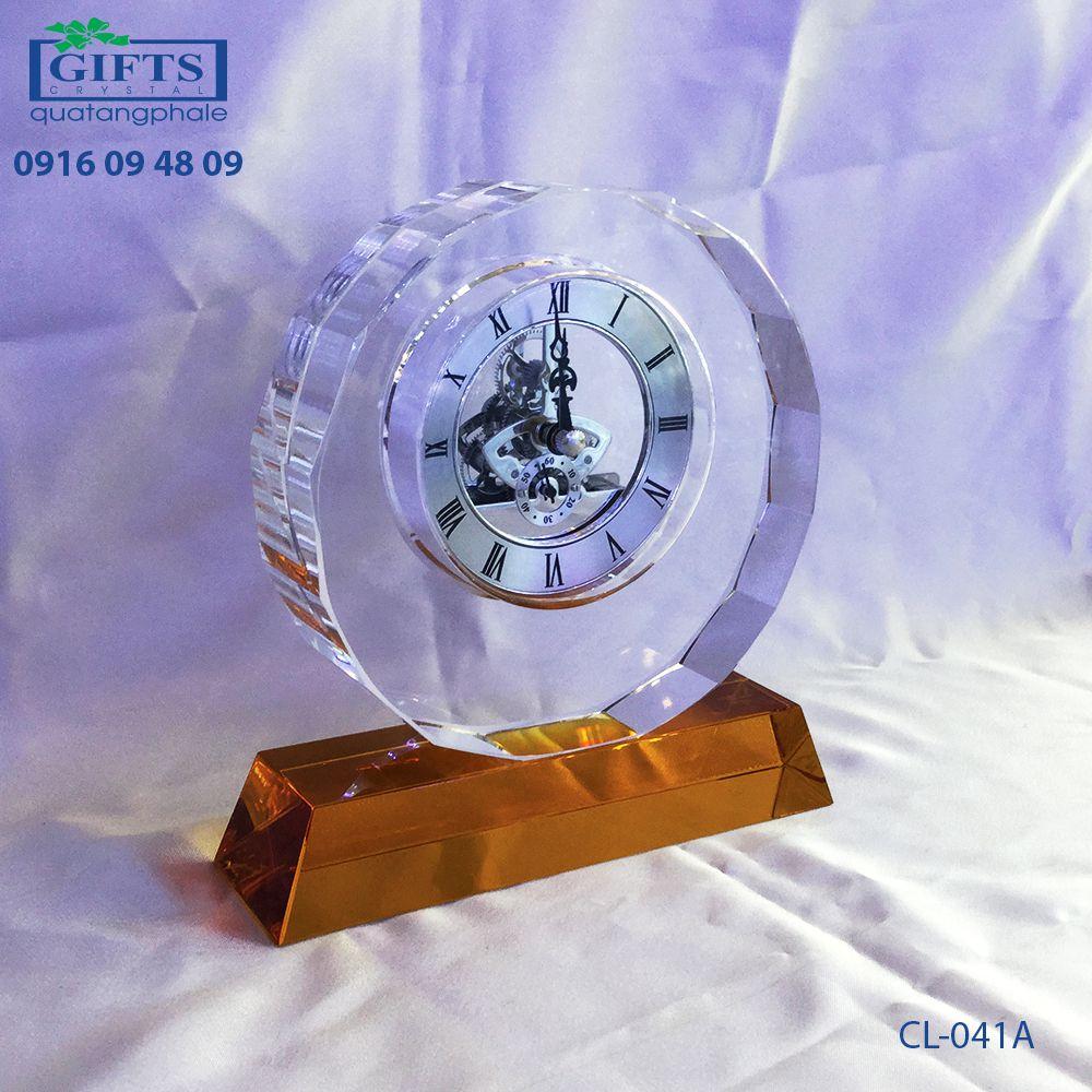 Đồng hồ pha lê để bàn CL-041A