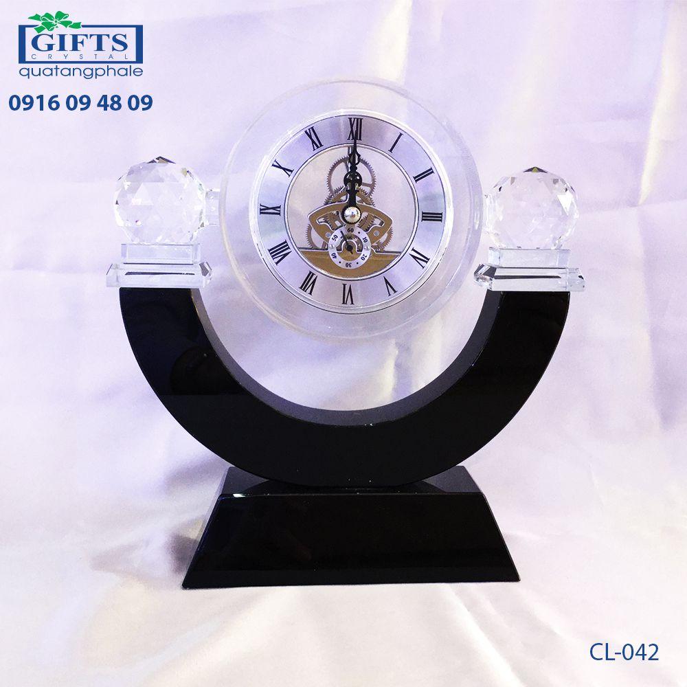 Đồng hồ pha lê để bàn CL-042