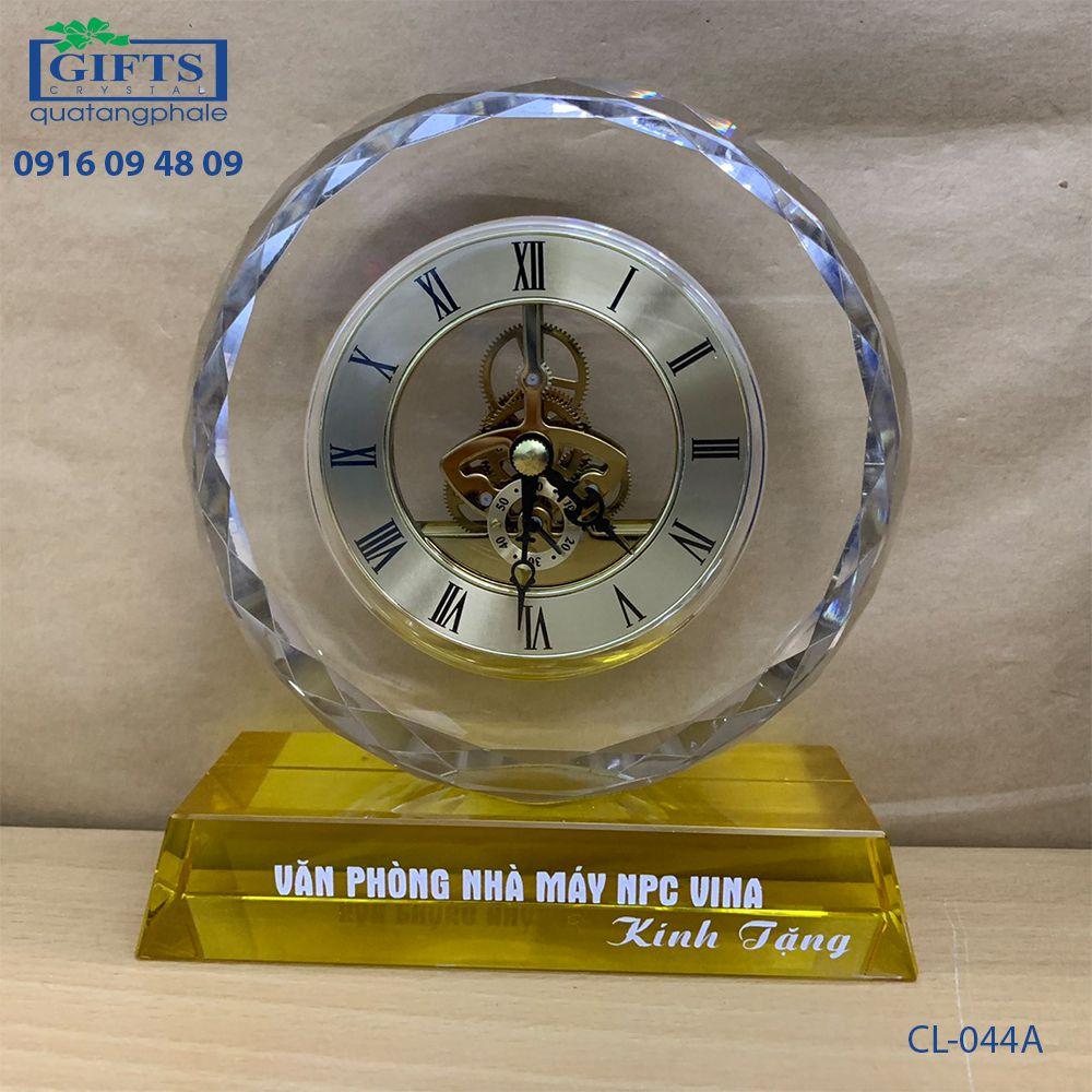 Đồng hồ pha lê để bàn CL-044A