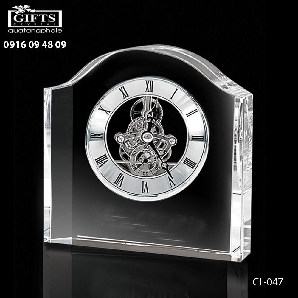 Đồng hồ pha lê để bàn CL-047