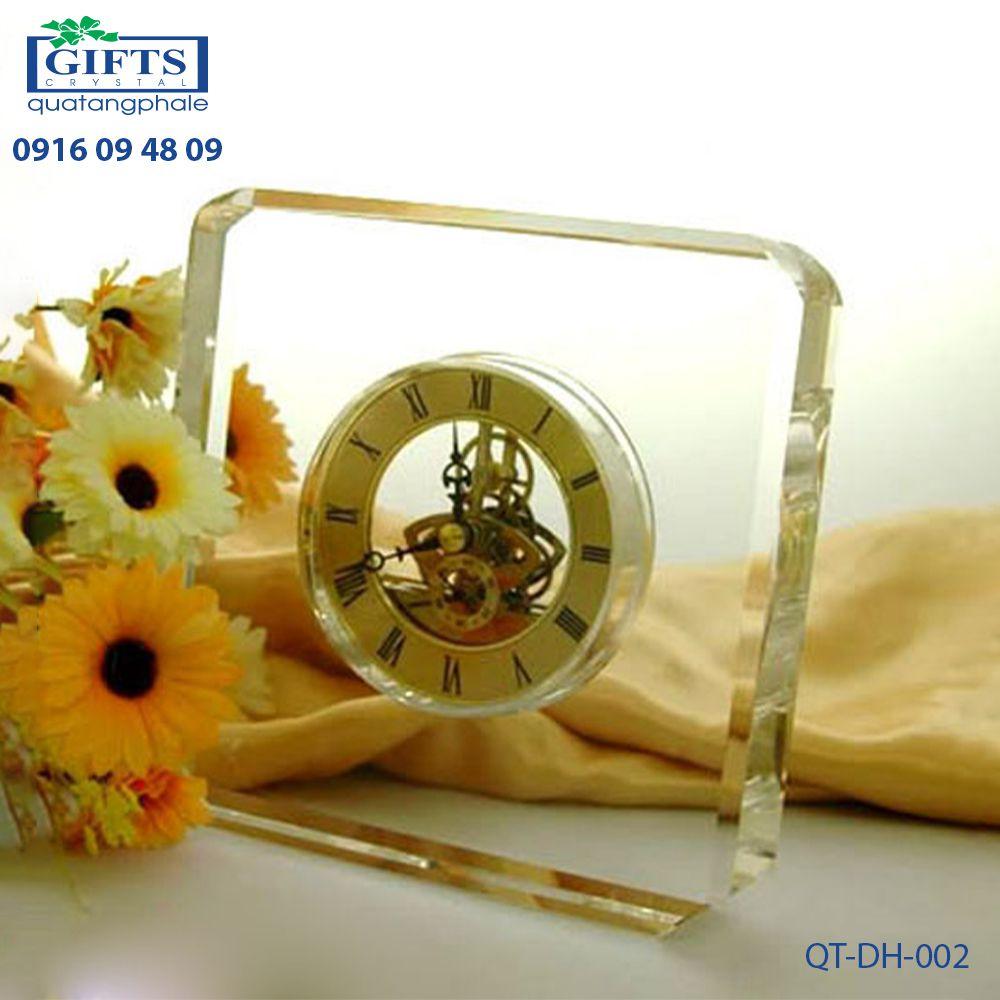 Đồng hồ pha lê để bàn QT-DH-002