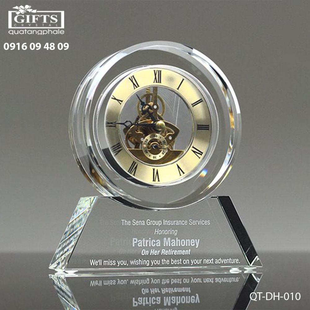 Đồng hồ pha lê để bàn QT-DH-010