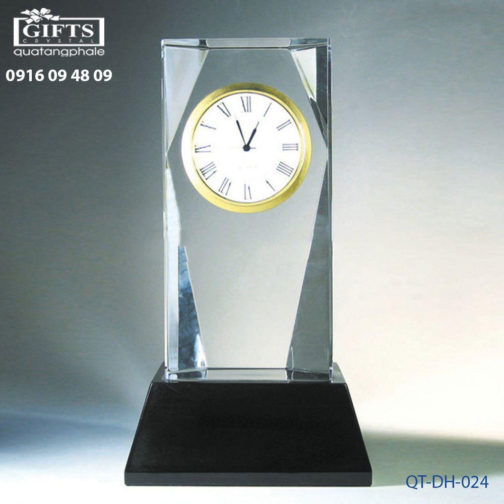 Đồng hồ pha lê để bàn QT-DH-024