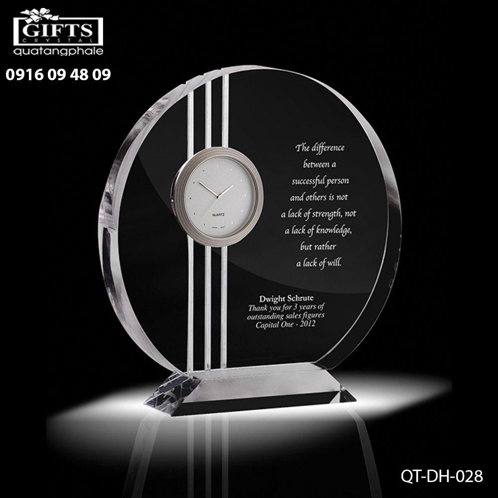 Đồng hồ pha lê để bàn QT-DH-028