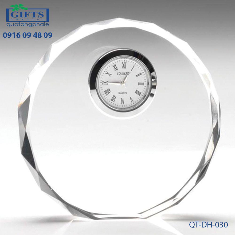 Đồng hồ pha lê để bàn QT-DH-030
