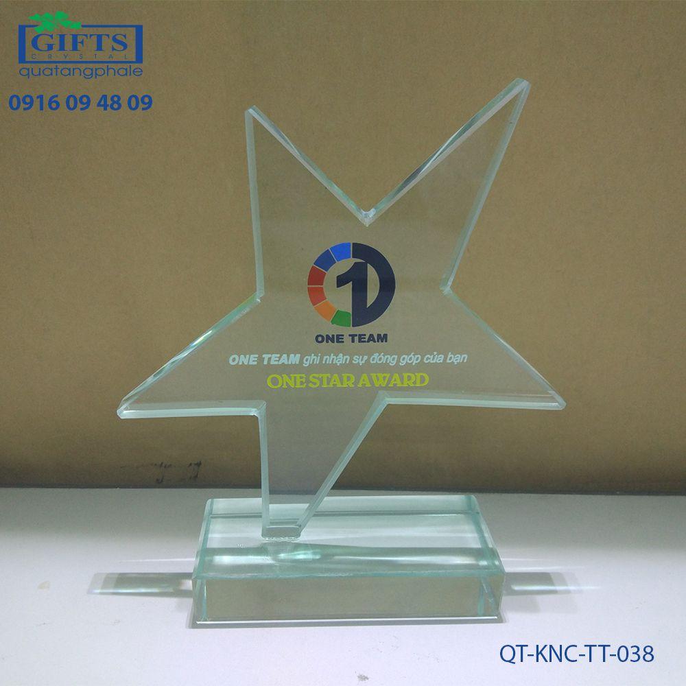 Kỷ niệm chương thủy tinh QT-KNC-TT-038
