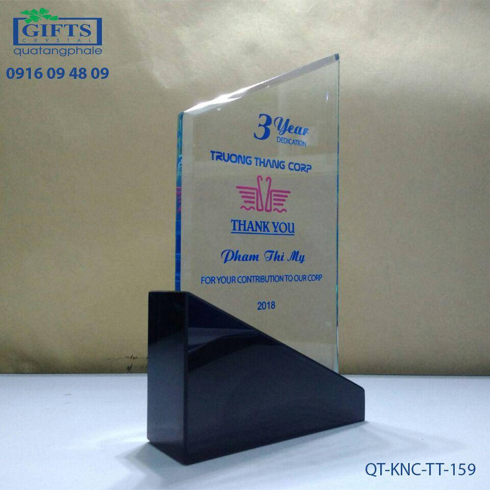Kỷ niệm chương thủy tinh QT-KNC-TT-159