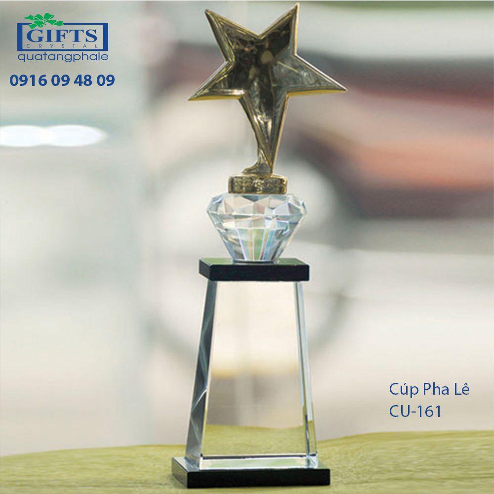 Cúp Pha Lê Trao Giải cu-161