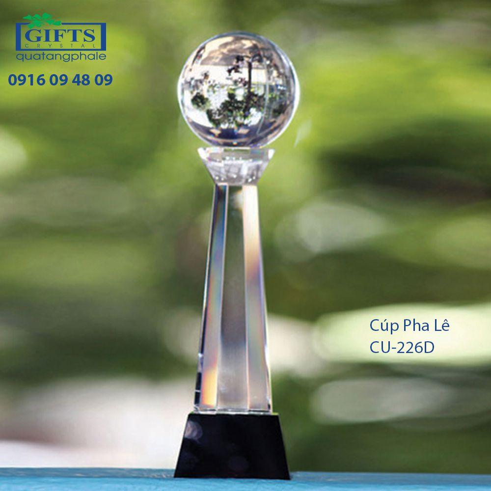 Cúp Pha Lê Trao Giải cu-226d