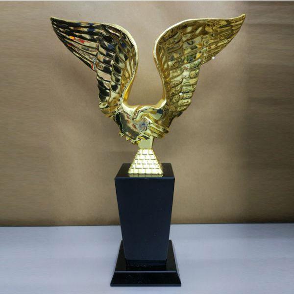 Cúp Pha Lê Trao Giải cu-317d