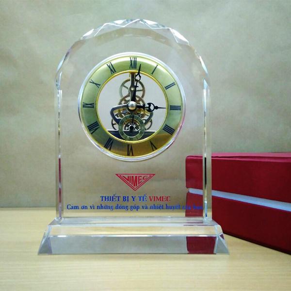 Đồng Hồ Pha Lê Để Bàn DHCC-021