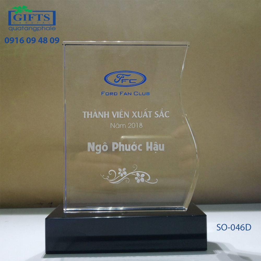 Kỷ niệm chương pha lê SO-046D
