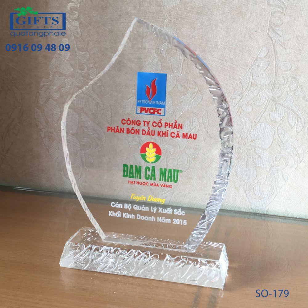 Kỷ niệm chương pha lê SO-179